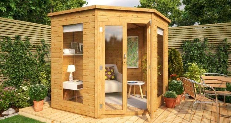 Wooden summer house