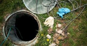Cleaning and Emptying Septic Tank Costs
