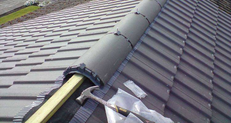 hiring a roofer 10