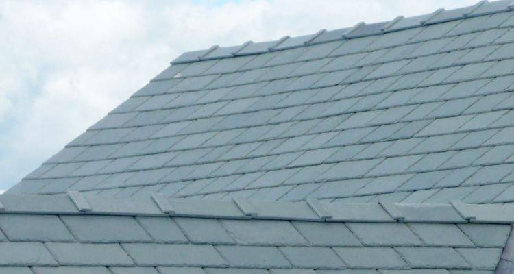 hiring a roofer 7