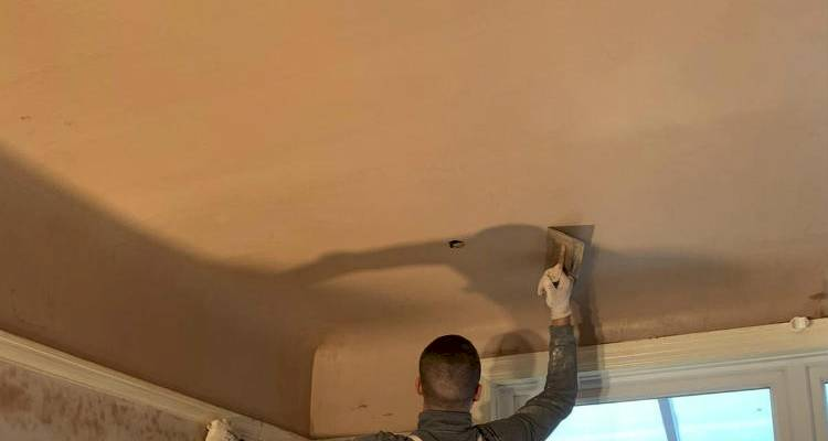 How Much Does It Cost To Plaster A Ceiling