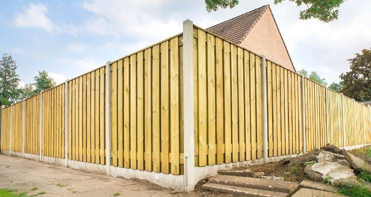 How to Fit a Fence