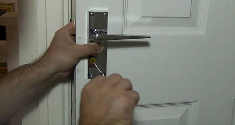 how to prepare an interior door handle