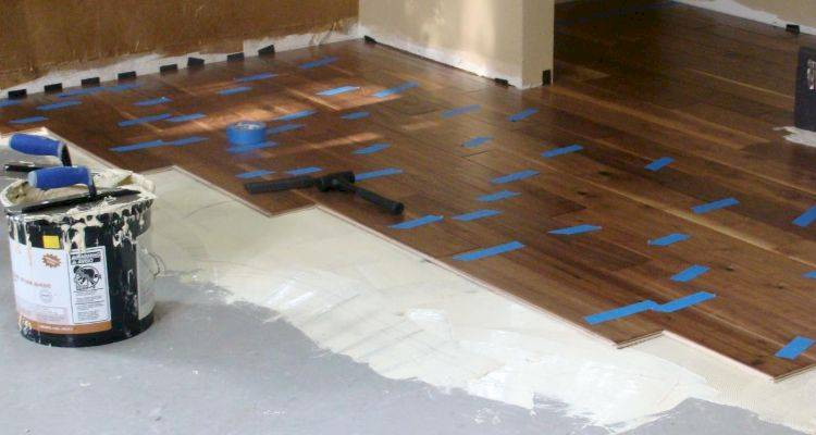 Average Cost Of Screeding A Floor, How To Install Laminate Flooring On Slab