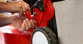 Cost of Lawn Mower Servicing