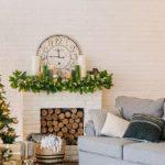 Livingroom with Christmas Tree and decor