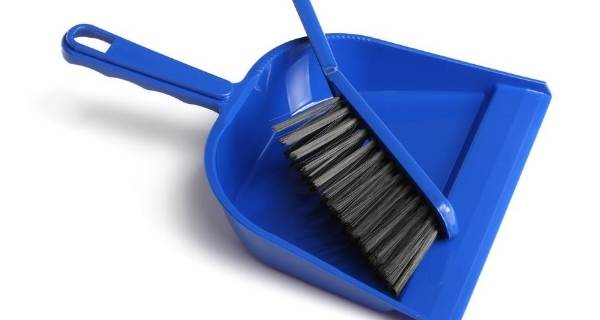dustpan and brush in blue