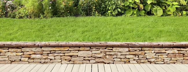 Free Standing Walls Or Half Brick Walls For Your Garden!